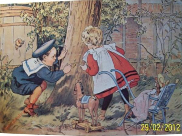 [Ot en Sien op het hek, slak op boom]